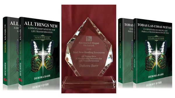 Debora Barr wins Restored Hope Network Award